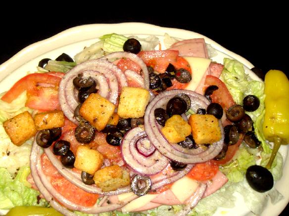 Lomeli's salad.png
