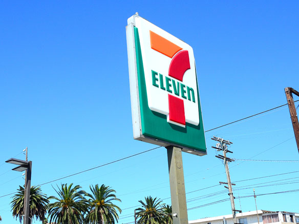 7-Eleven sign.jpg